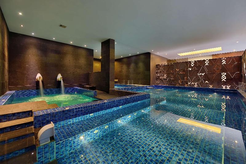 Sports and Entertainment Devinsky Hotel Seminyak