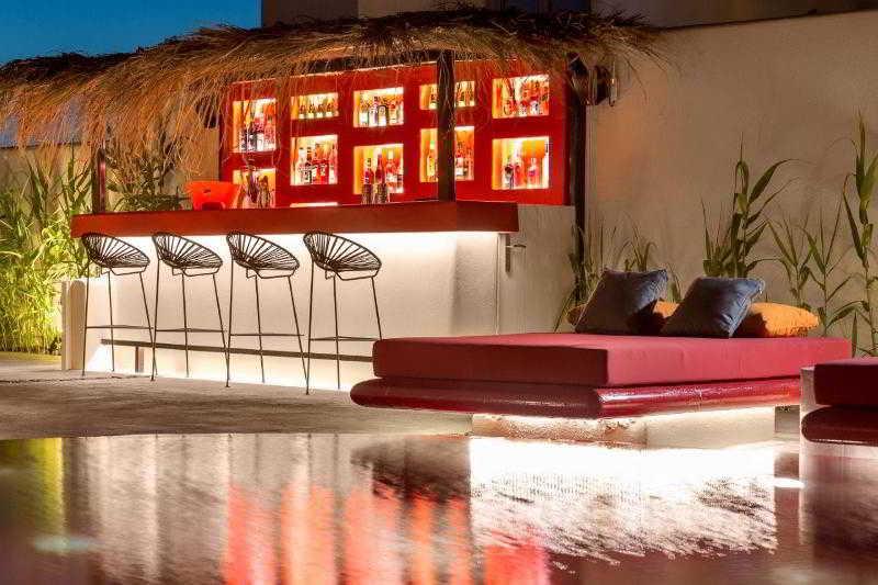 Bar Art Hotel