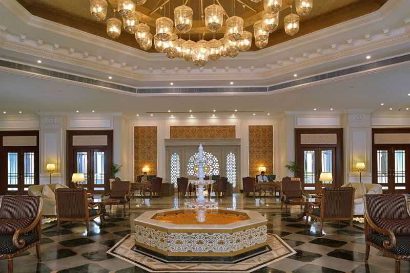 Lobby Indana Palace