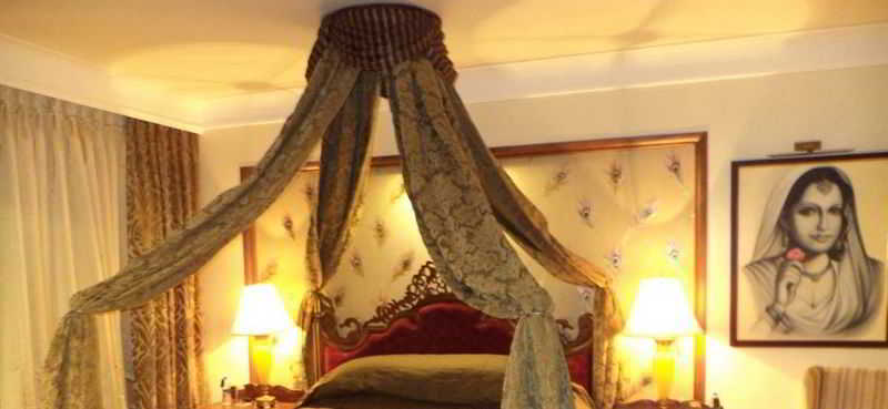 Room Indana Palace