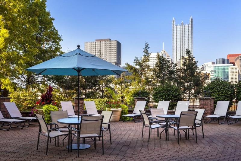 Sheraton Pittsburgh Hotel at Station Square - Terrace - 11