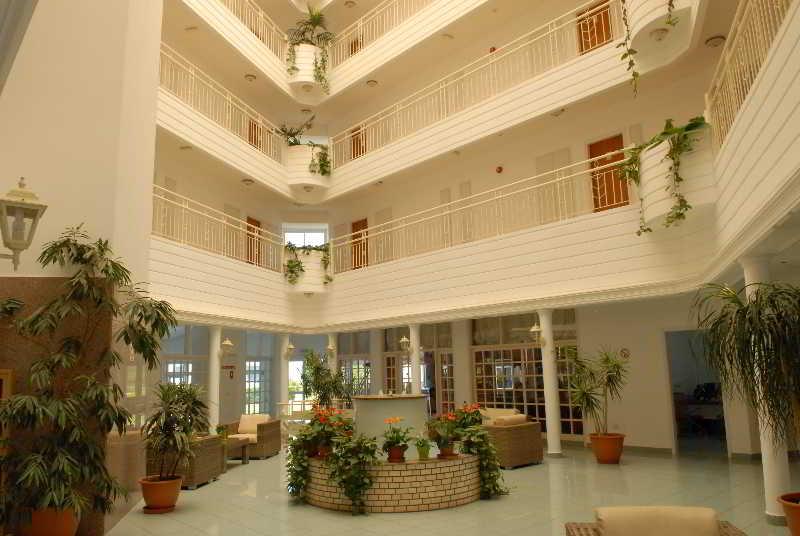 Lobby Maistrali Hotel  Apts