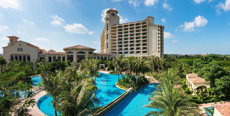 General view Double Tree Resort By Hilton Hainan Chengmai