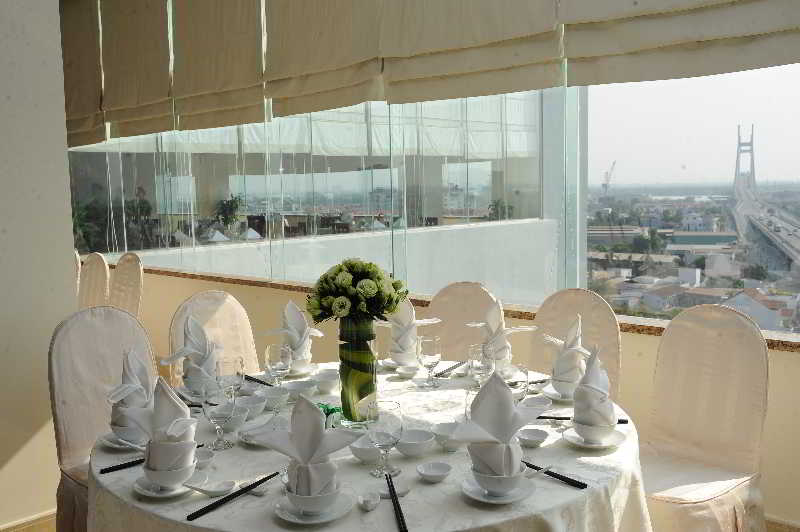 Restaurant Liberty Hotel Saigon South