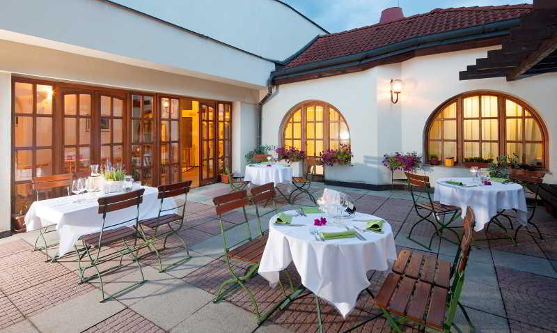 Terrace Hotel Concertino Zlata Husa