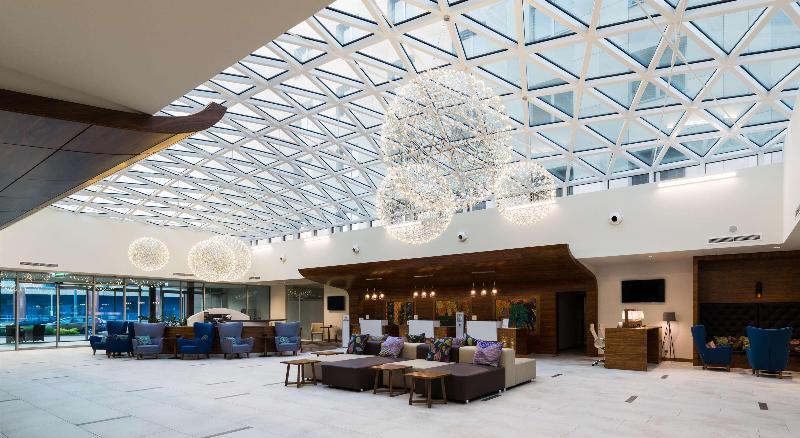 Lobby Doubletree By Hilton Krakow