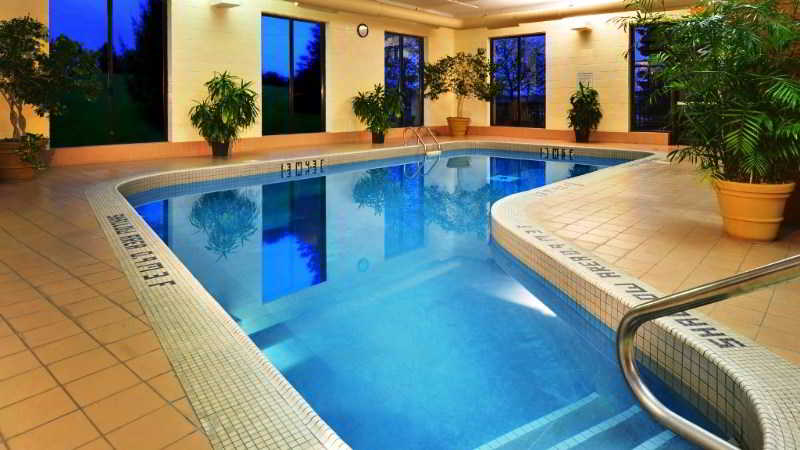 Pool Four Points By Sheraton St. Catharines Niagara S