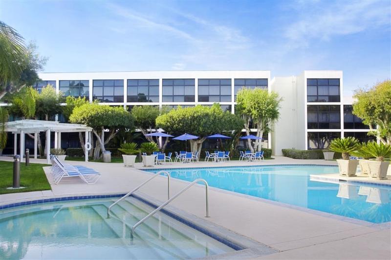 Pool Four Points By Sheraton San Diego