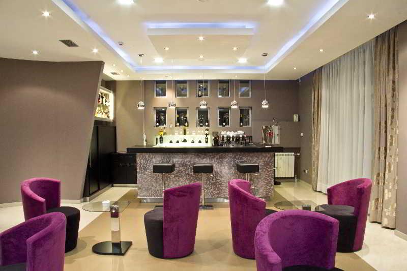 Bar Apart Hotel K