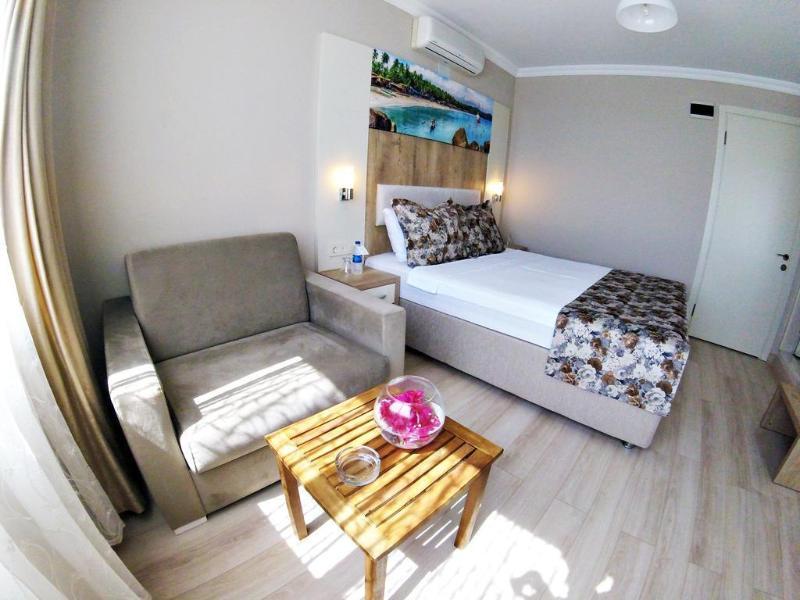 Akkan Beach Hotel - Room - 7