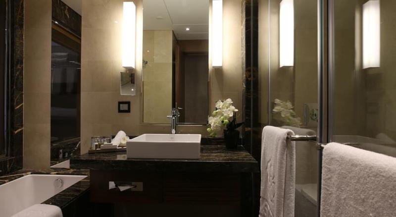 Lancaster Plaza - Hotel - 6
