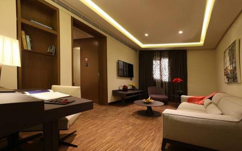Lancaster Plaza - Room - 10