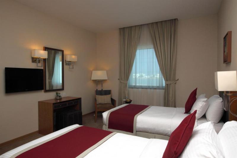 General view Golden Tulip Hotel