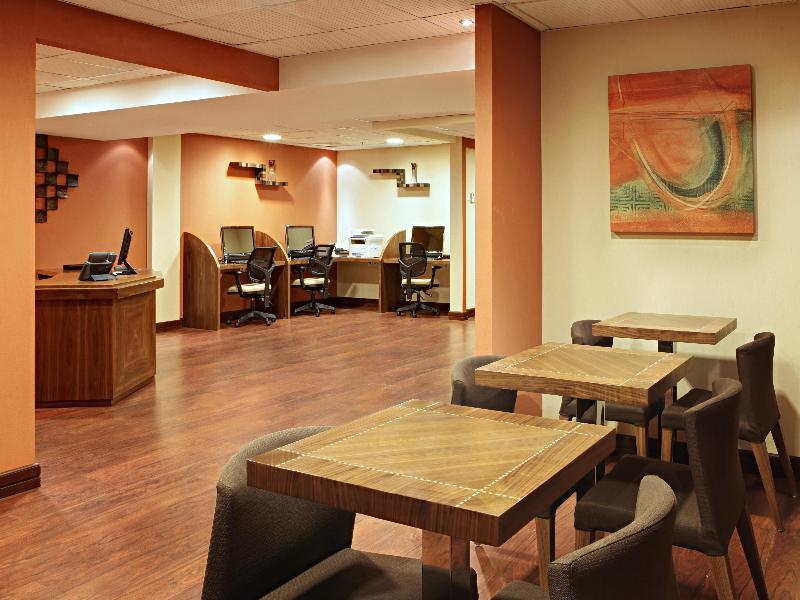 Conferences Mövenpick Hotel & Residences Hajar Tower Makkah