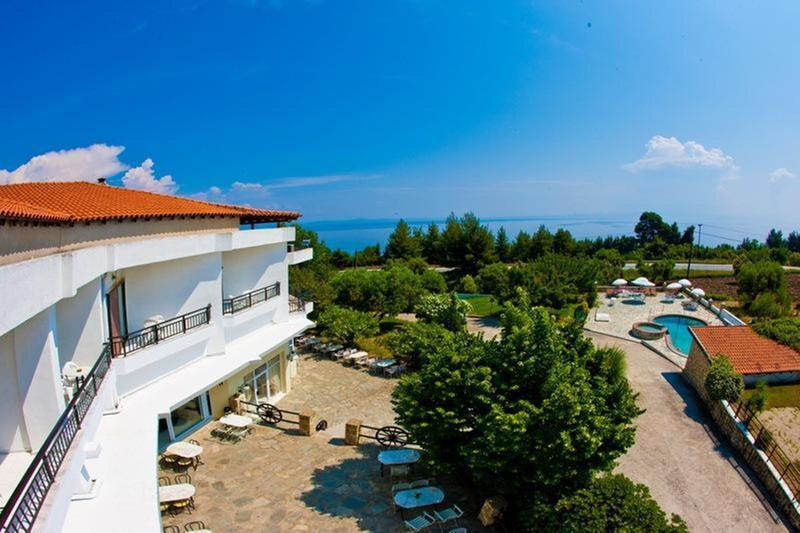 General view Pashos Hotel