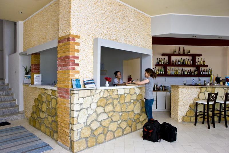 Lobby Pashos Hotel