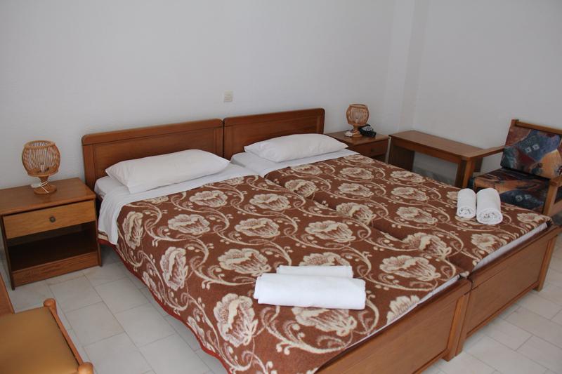 Room Pashos Hotel