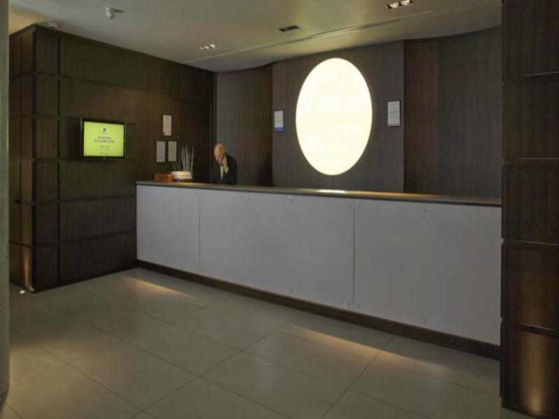 Lobby Go Native Kensington