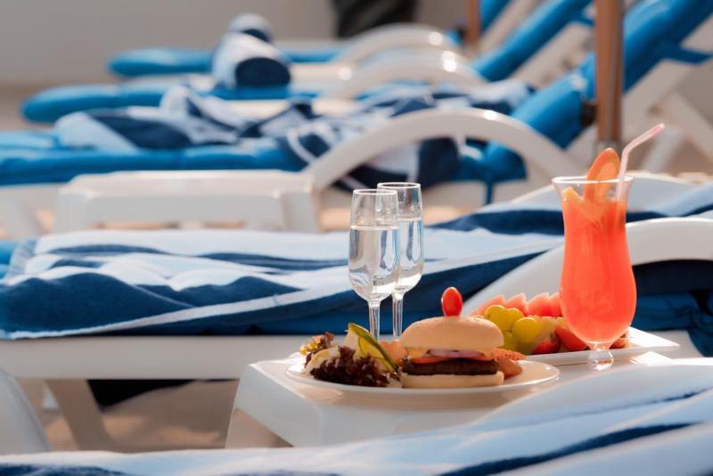 Pool Signature Hotel Al Barsha