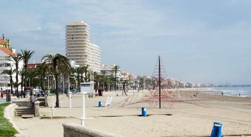 Beach Apartamentos Playasol 3000