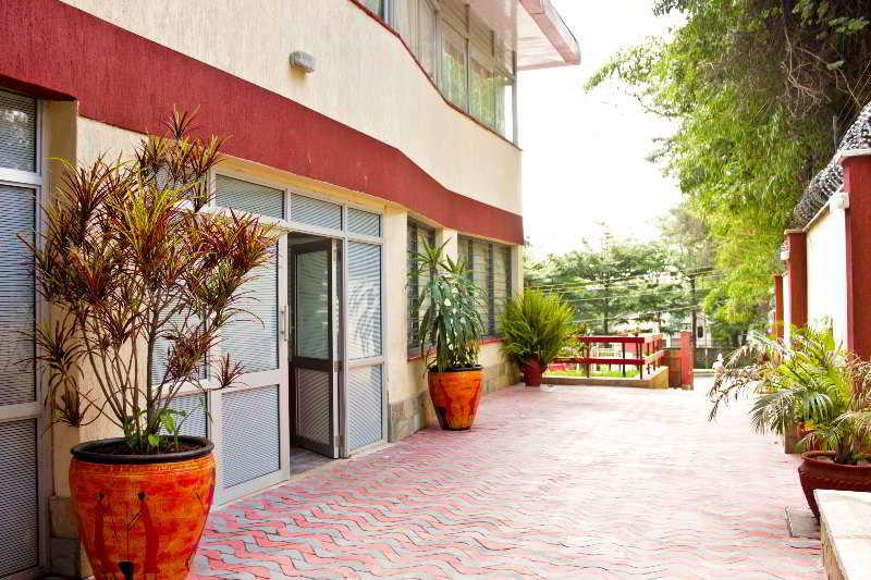 Terrace Hadassah Hotel