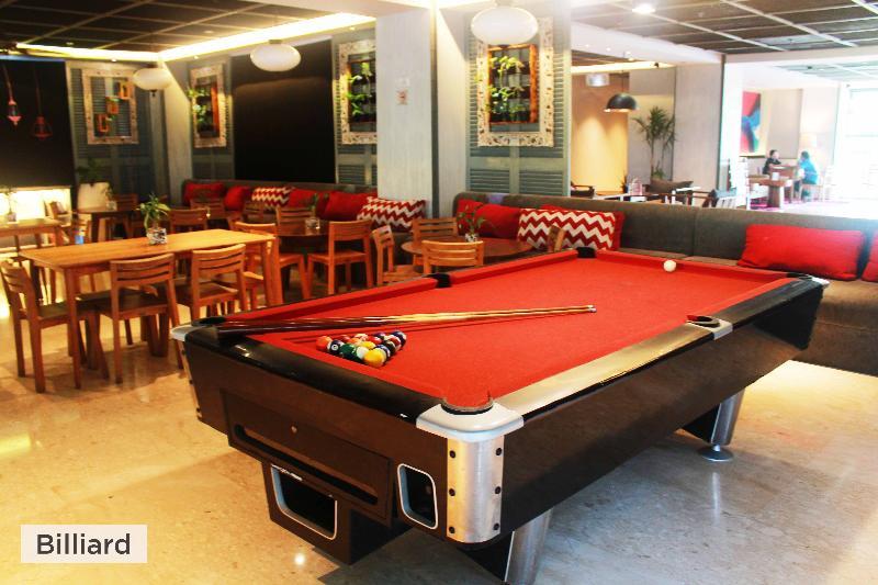 Ramada Encore Bali Seminyak - Pool - 12