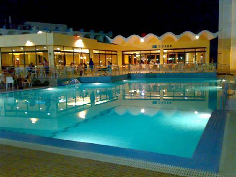 Evi Hotel Rhodes - Pool - 2