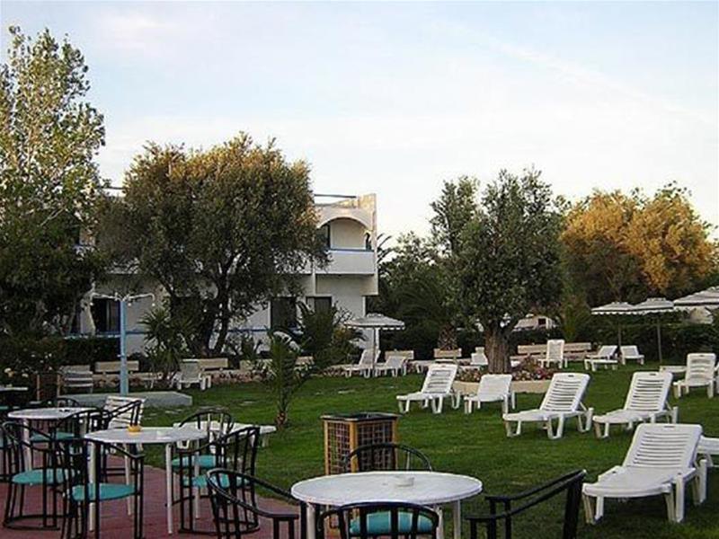 Evi Hotel Rhodes - Terrace - 12