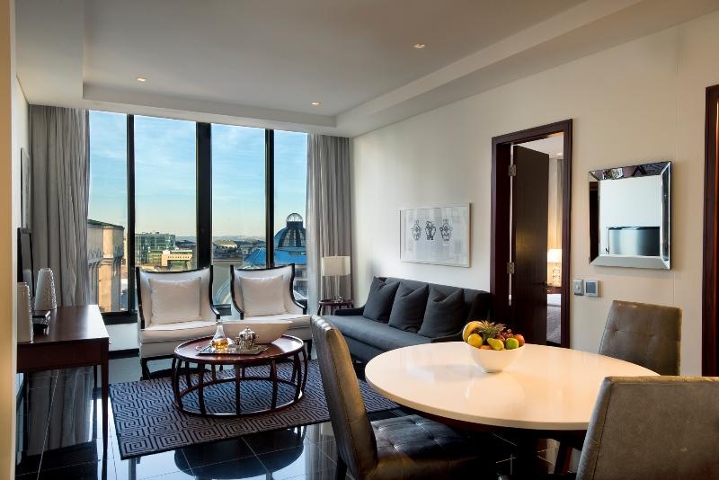 Davinci Suites on Nelson Mandela Square - Room - 11