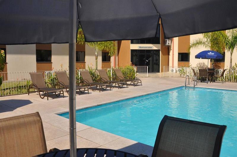 Pool Cegil Hotel Boulevard