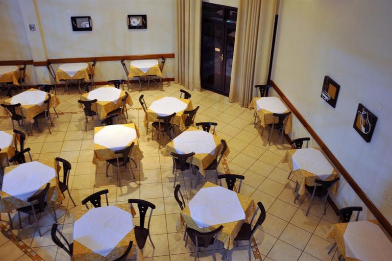 Restaurant Cegil Hotel Boulevard