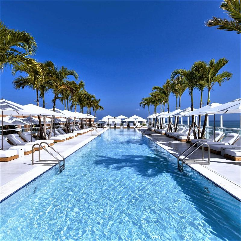Pool 1 Hotel South Beach