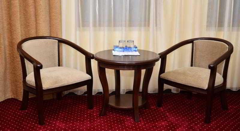 Room Diyora