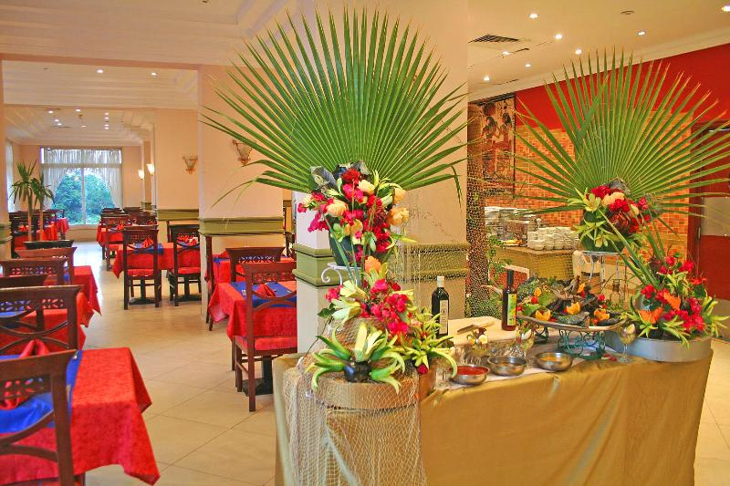 Restaurant King Tut Aqua Beach Resort