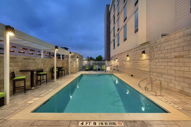 Pool Home2 Suites By Hilton Austin North/near The Domai