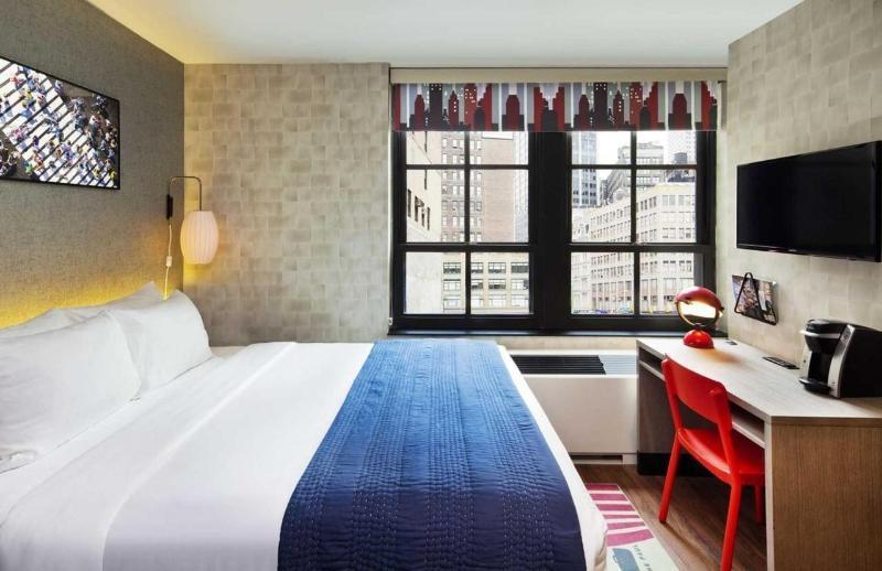 Room The Paul