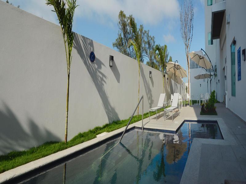 Pool La Venta Inn Ciudad Del Carmen