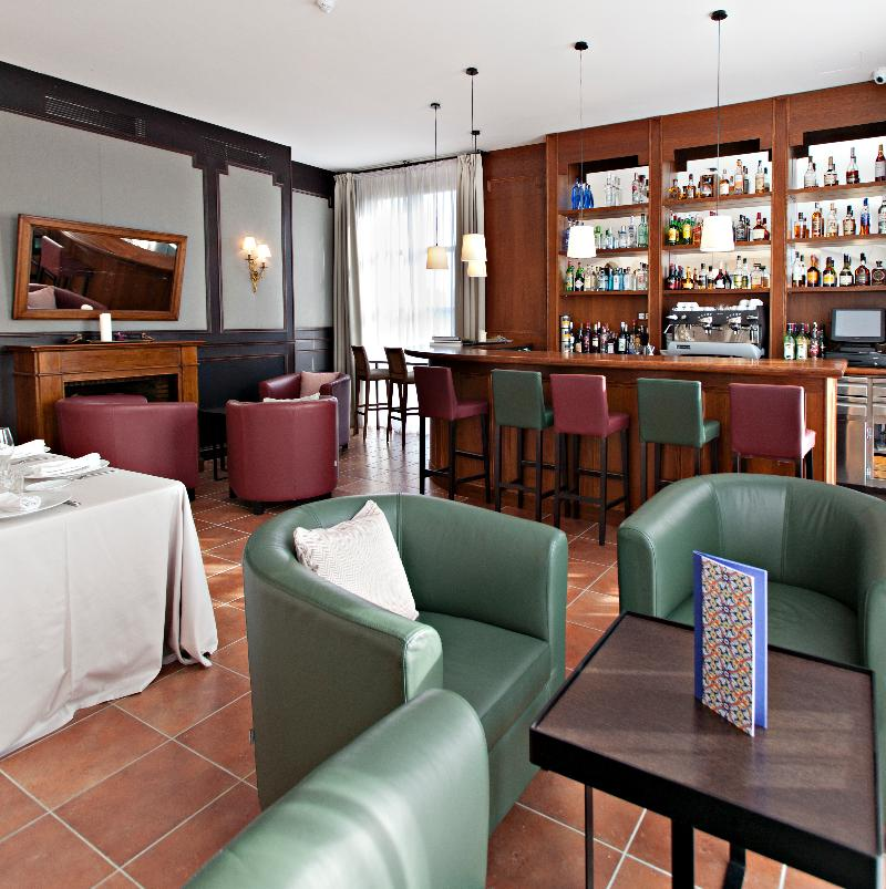 Bar Sercotel Hotel Casa Anamaria