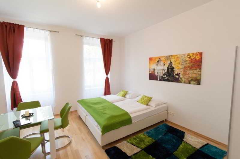 CheckVienna Lassalleestrasse (35€ final cleaning)
