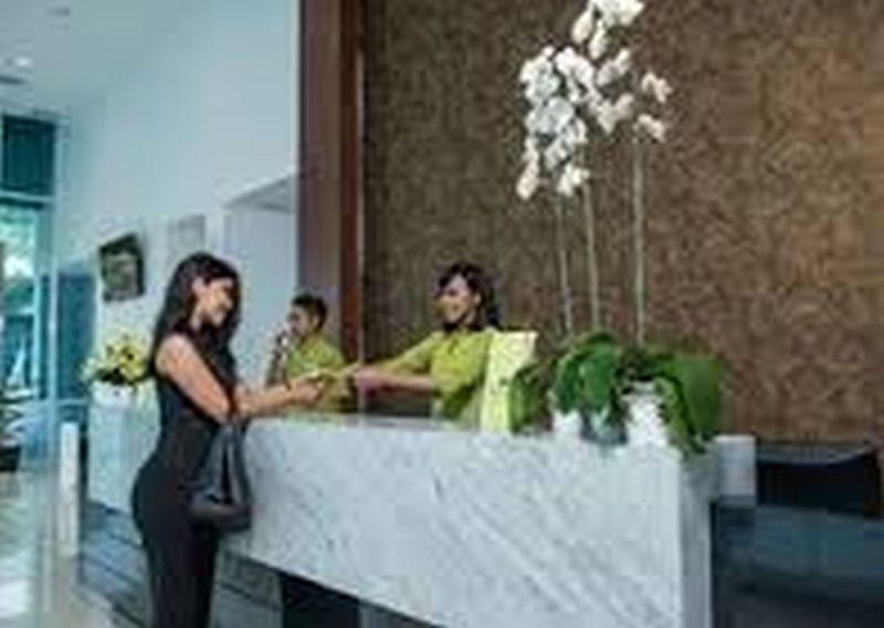 Lobby Whiz Prime Hotel Balikpapan