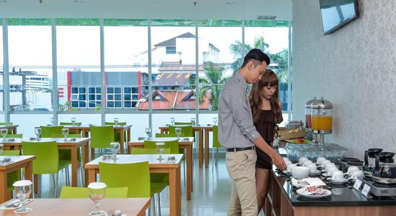 Restaurant Whiz Prime Hotel Balikpapan