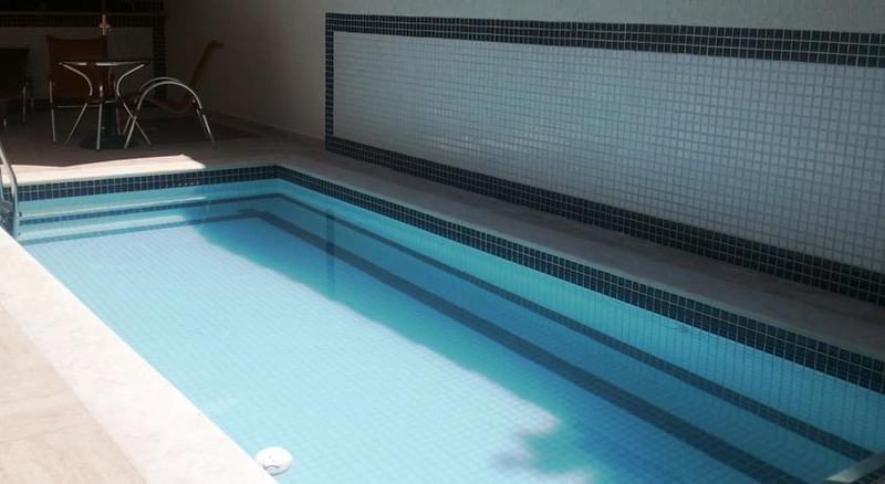 Pool Pousada Requinte