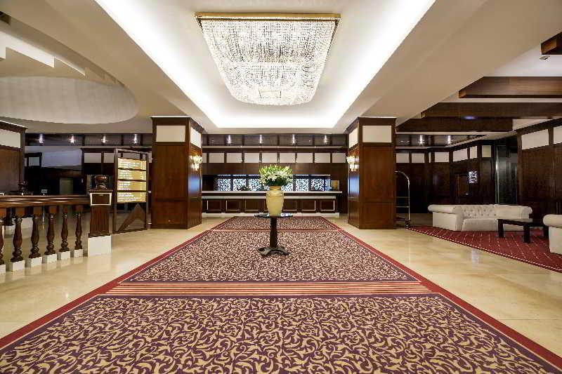 Lobby International Sinaia