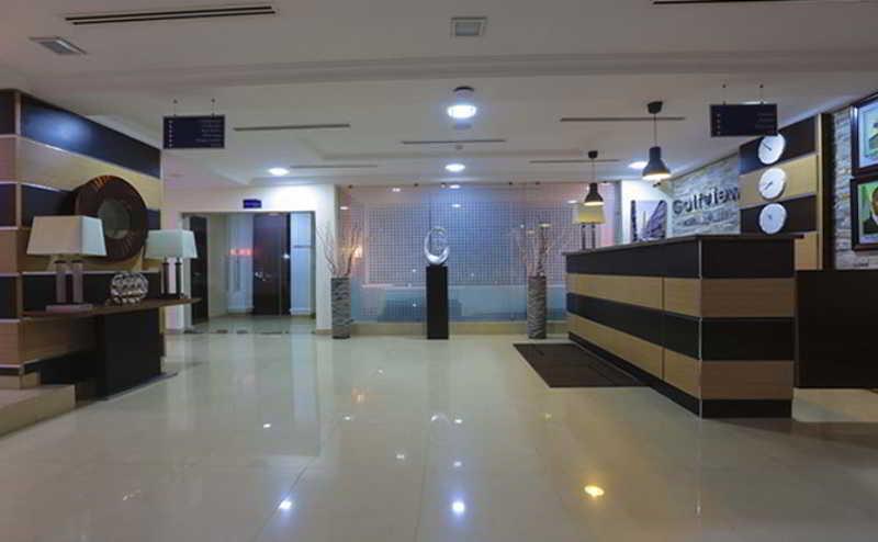 Lobby Golf View Hotel & Suites Ikeja