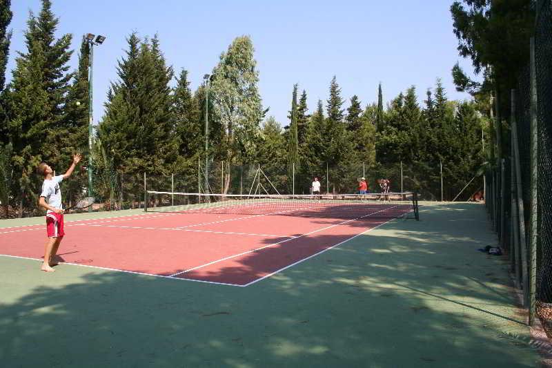 Sports and Entertainment Jonio Sporting Village Hotel