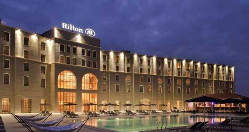 Hilton Malabo - Pool - 2