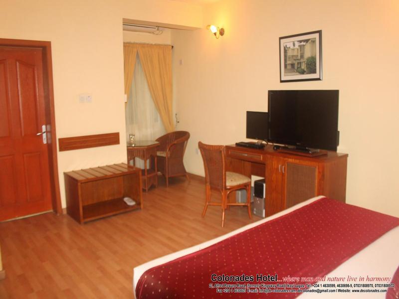 Room Colonades Hotel