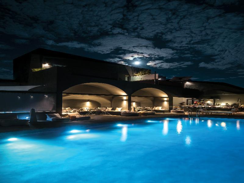 Pool West East Suites
