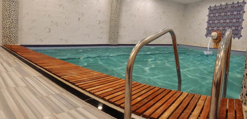 Pool White Tuana Thermal Yalova