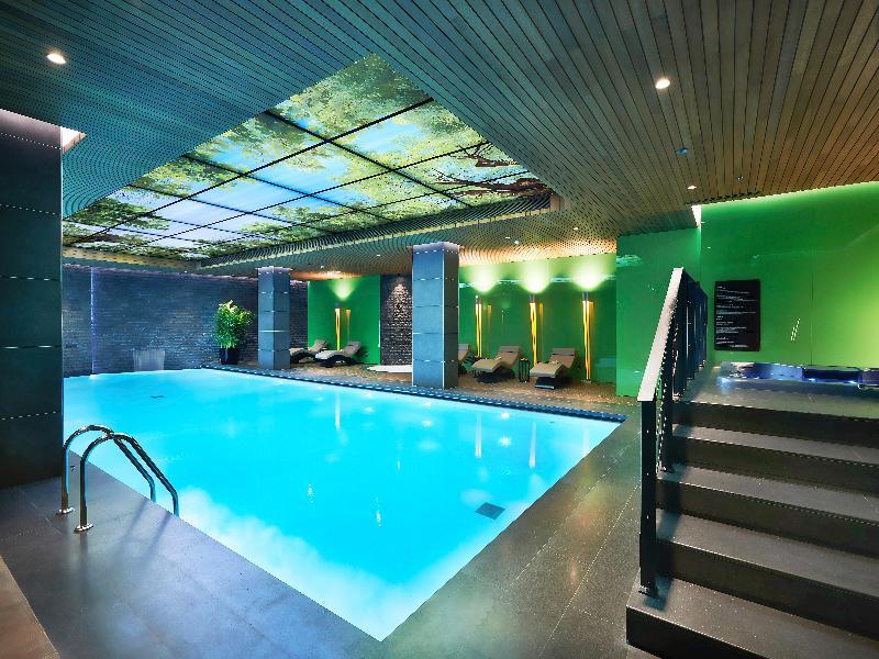 Pool Divan Adana Hotel